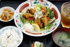 鶏肉の黒麹黒酢南蛮定食